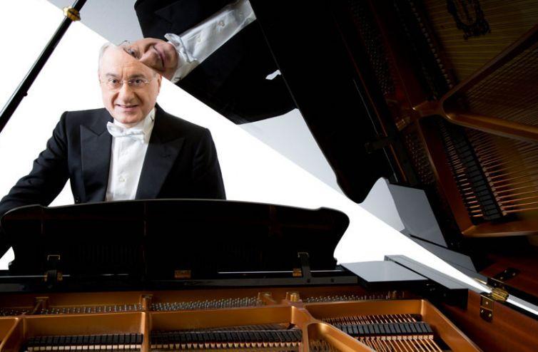 18-Michele Campanella pianista
